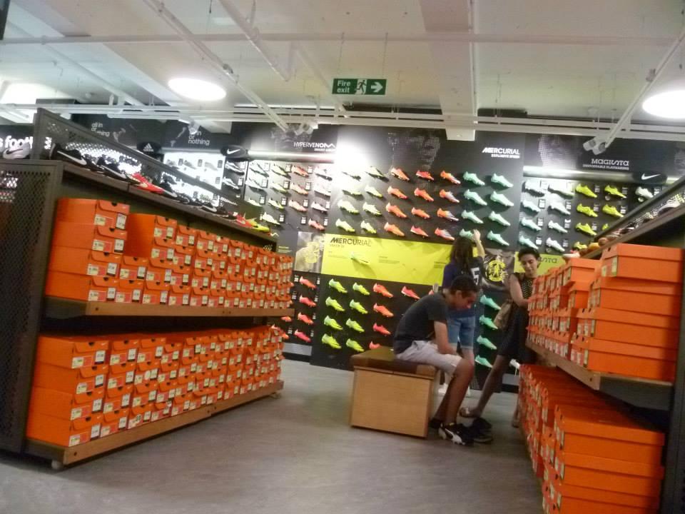 sports-direct-destination-football-footwear